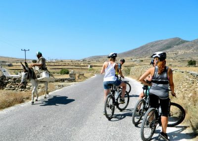 tours-Paros-cycling-adventure